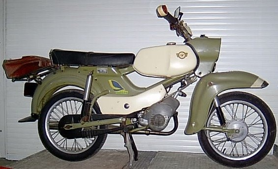 fahrzeugmuseum sta furt moped sr 4 4 habicht museum. Black Bedroom Furniture Sets. Home Design Ideas