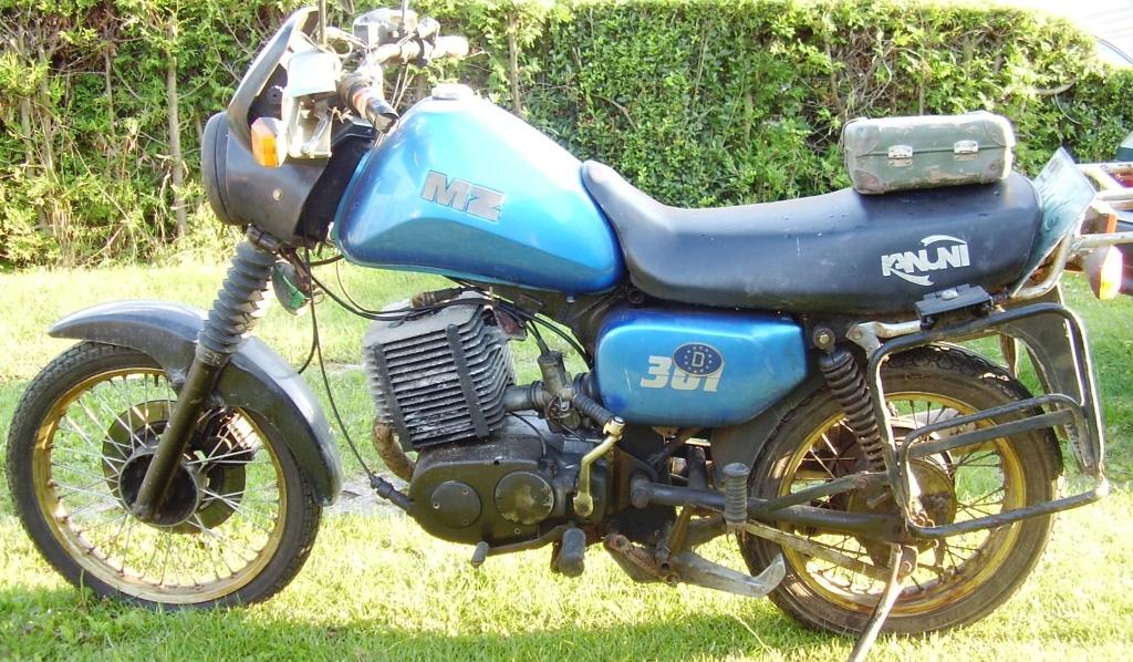 motorrad mz etz 301 kanuni von 1996 in blau. Black Bedroom Furniture Sets. Home Design Ideas