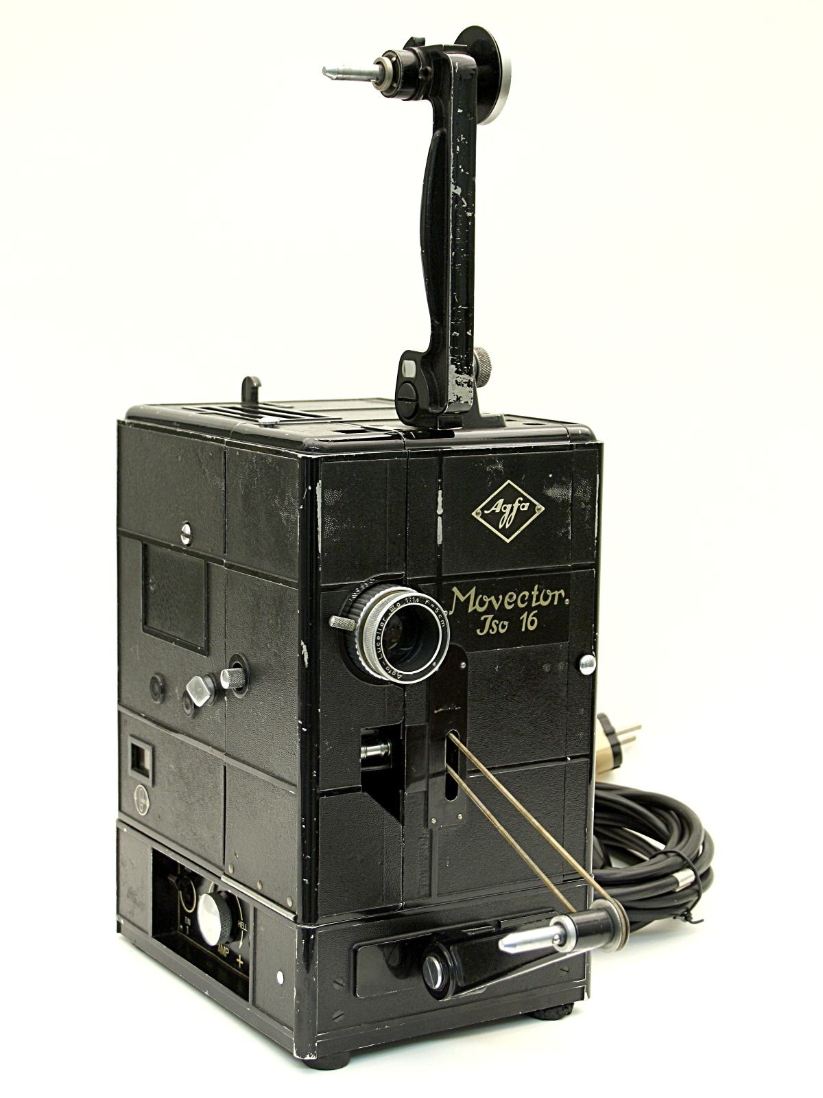 "Schmalfilmprojektor ""Agfa Movector Iso 16"" (Industrie- und Filmmuseum Wolfen CC BY-NC-SA)"