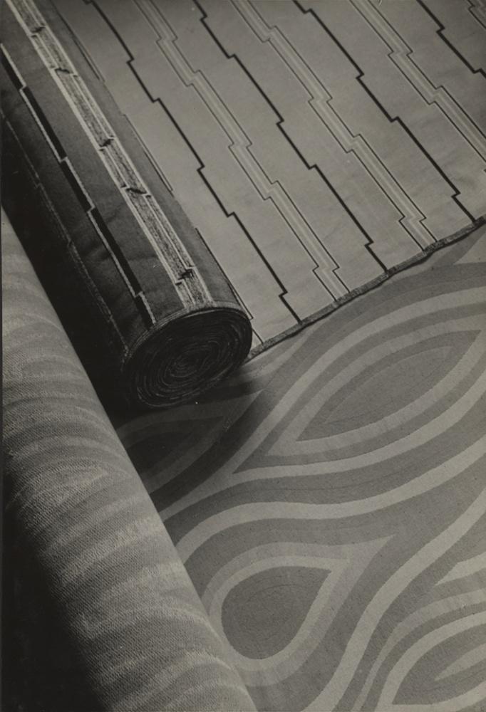 2 m belstoffe abgerollt kulturstiftung sachsen anhalt kunstmuseum moritzburg museum. Black Bedroom Furniture Sets. Home Design Ideas
