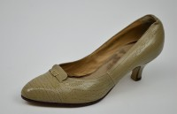 Damen-Pumps, 1960, links