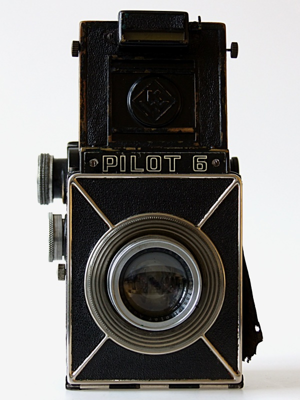 Rollfilm-Spiegelreflexkamera