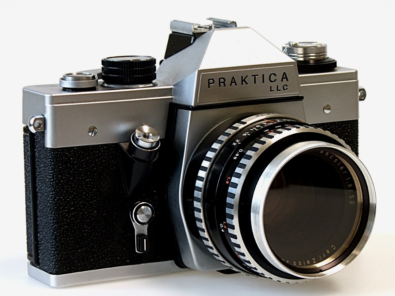 Kleinbild-Spiegelreflexkamera
